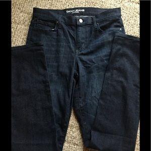 Great dark skinny jeans by DKNY size 8